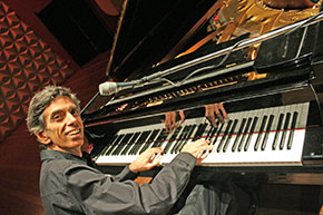 Pianist and composer Luiz Simas.